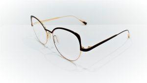 Occhiali da vista Caroline Abram YSEE - 562 - Montatura in metallo dalla forma a farfalla, colore fucsia opaco enero lucido